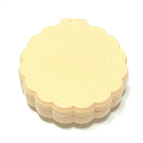 Compact Biscuit Mirror Brush in Cream