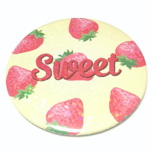 Dreamy Round Badge (Strawberry) from SWIMMER