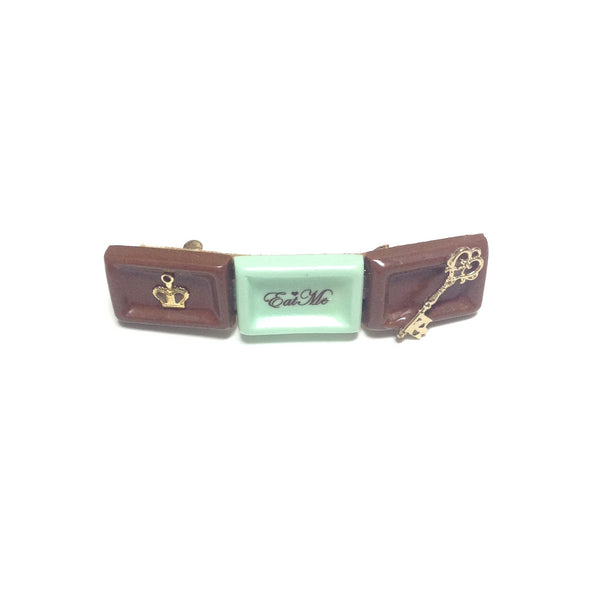 [Eat Me] Chocolate Barrette in Brown x Mint