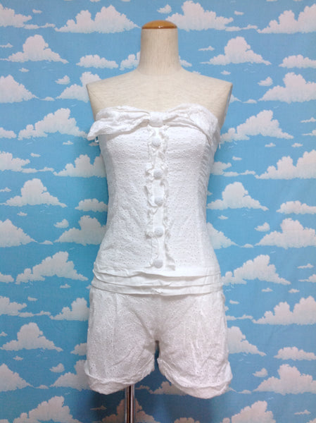 Flower Fabric Giant Bow Overall Shorts in Off White from Liz Lisa