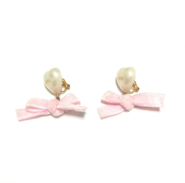 Heart Pearl and Velour Ribbon Earring (Clip on) from Annuipapa