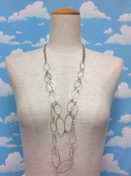 Loop Chain Necklace in Silver