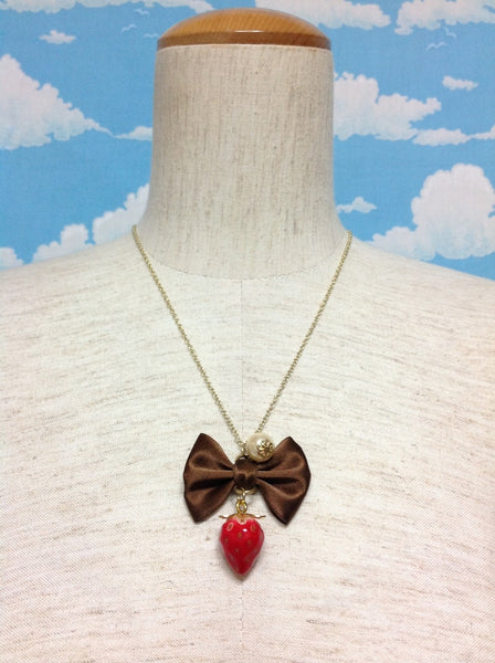 Ribbon Bow and Pearl Strawberry Necklace in Brown from Tommy Fell in Love with Sweets