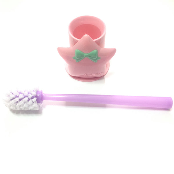 Star Toilet Brush in Pink from SWIMMER