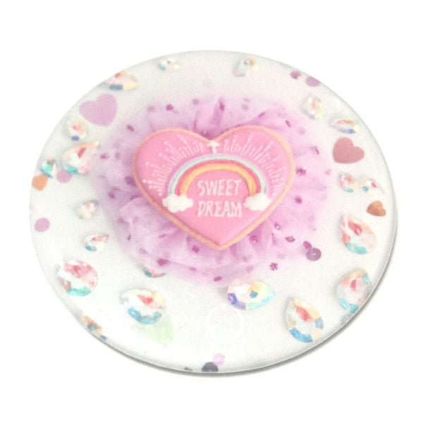 Sweet Dream Frill Heart Beads Badge in Off White x Pink from Kunika