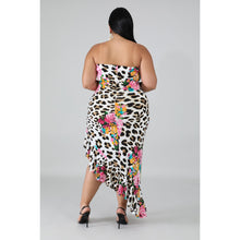 Load image into Gallery viewer, Floral Bloom Maxi - Kurvacious Boutique