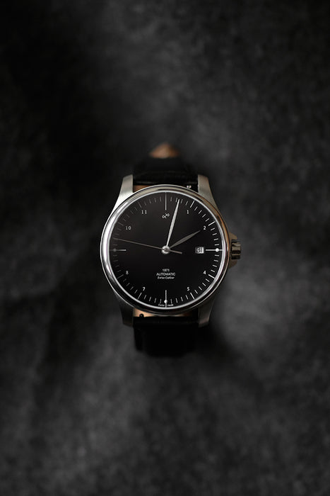 1971 Automatic, Steel / Black - Swiss Made