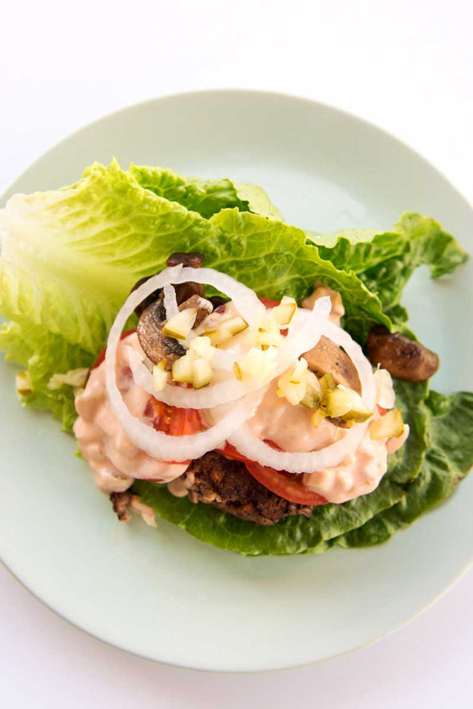 In N Out Burger Salad - this recipe is so simple and reminds me of my favorite fast food. But it's healthier and call it a lettuce wrap or salad you are getting bonus veggies / www.deliciousdesignhouse.com