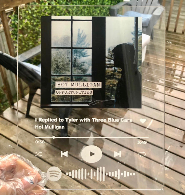 Acrylic printed Spotify song plaque with rounded corners! Fully Customizable