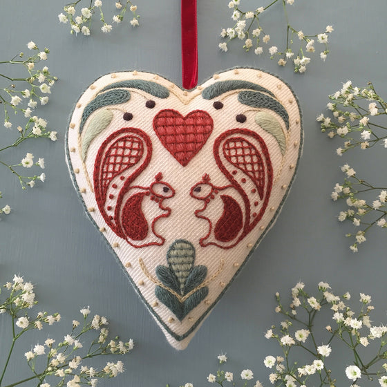 Crewel Embroidery Kit Hearts And Squirrels