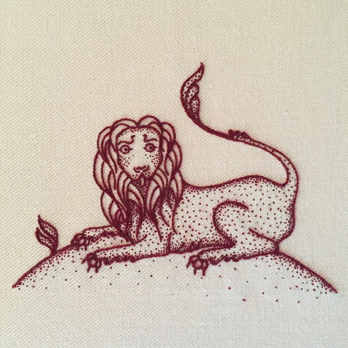 Heritage Lion Jacobean Crewel Embroidery Kit