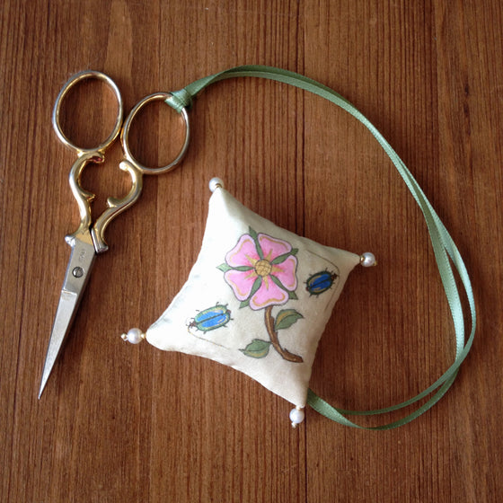 Hand Painted Scissor Fob With Real Pearls and Gold Beads
