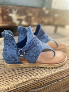 Sariah Navy Sandals