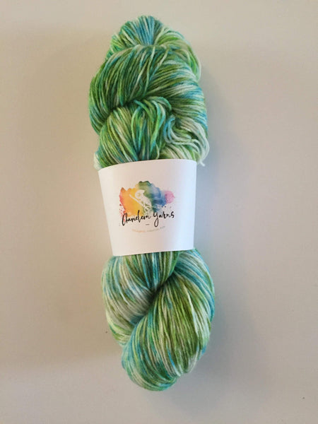 Seaweed Sprinkles Hand Dyed Yarn, 100g/400m, 4ply/fingering/sock yarn