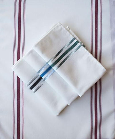 "Bistro Stripe 18' x 22"" with Hemmed Edge Spun Poly Napkins 10 Dz. Pack"