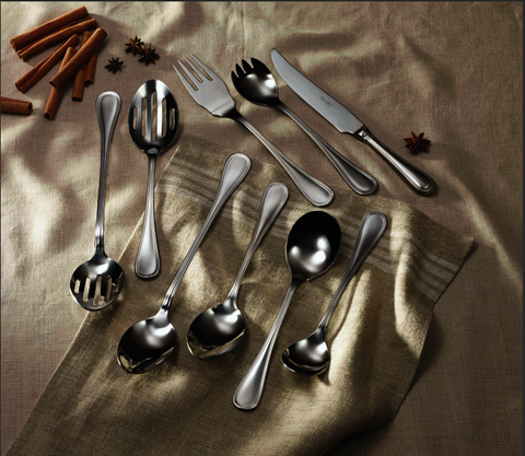Las Palmas Serving Pieces in Mirror Finish, a Classic Style 18/10 Flatware, Corby Hall, 0100