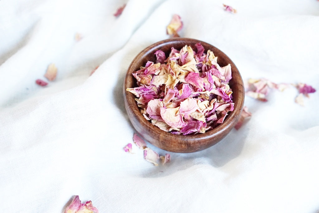 The Benefits and Uses of Edible Rose Buds and Edible Rose Petals