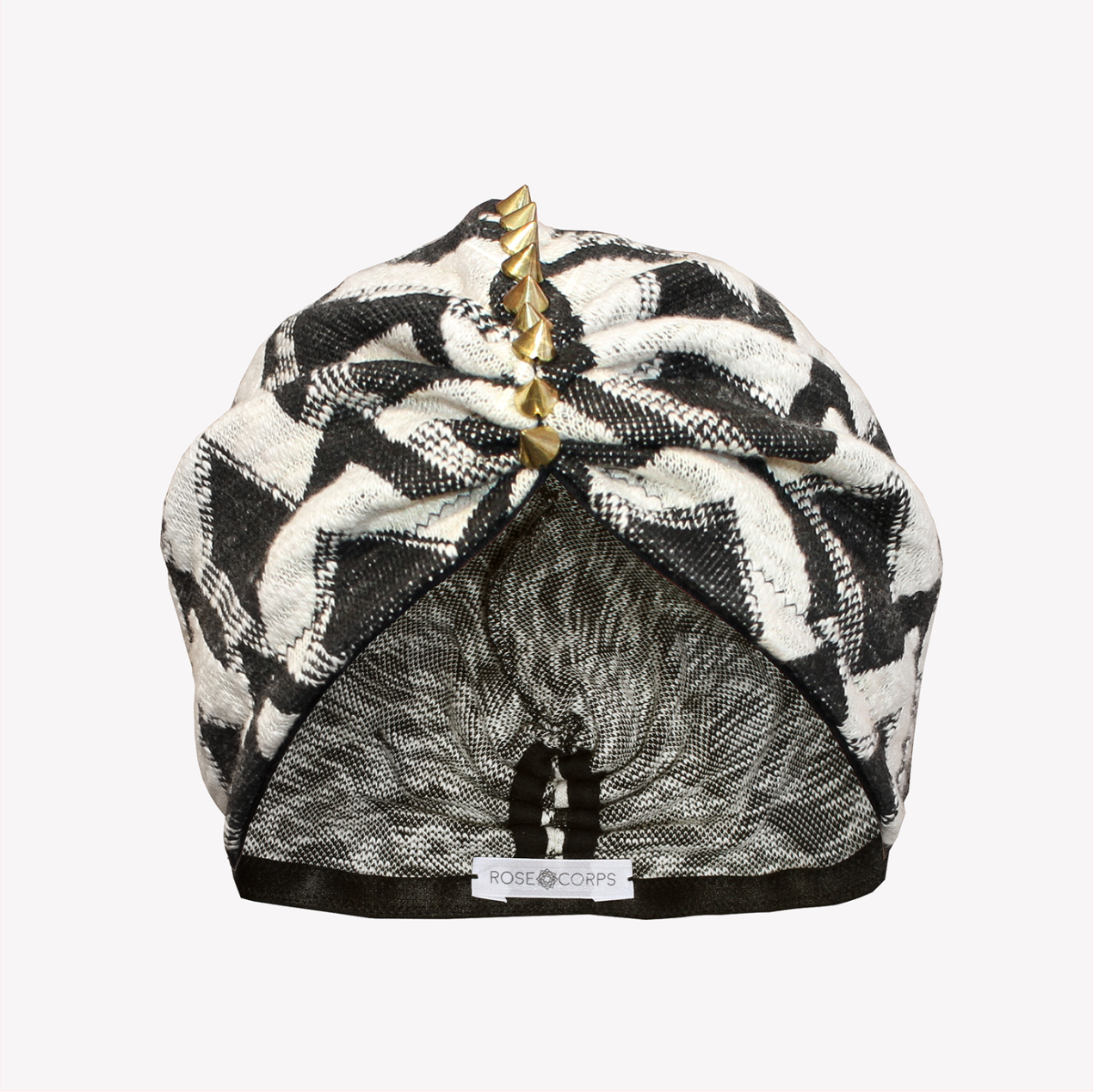 Thick back & white turban with spikes