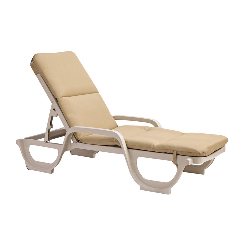Bahia Chaise Cushion with Hood