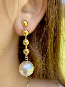 PEARL AND TIE EARRINGS GOLD PLATED - Zuly Boutique Orlando Florida