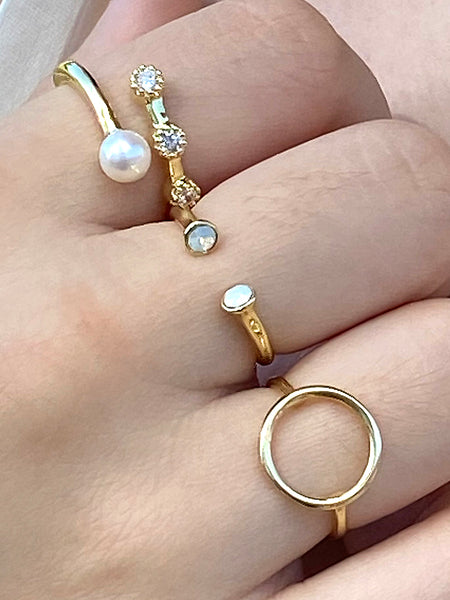 GOLD PLATED CIRCLE RING - Zuly Boutique Orlando Florida