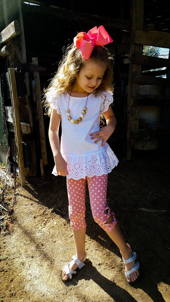 May Flowers Peek-A-Bow Capris