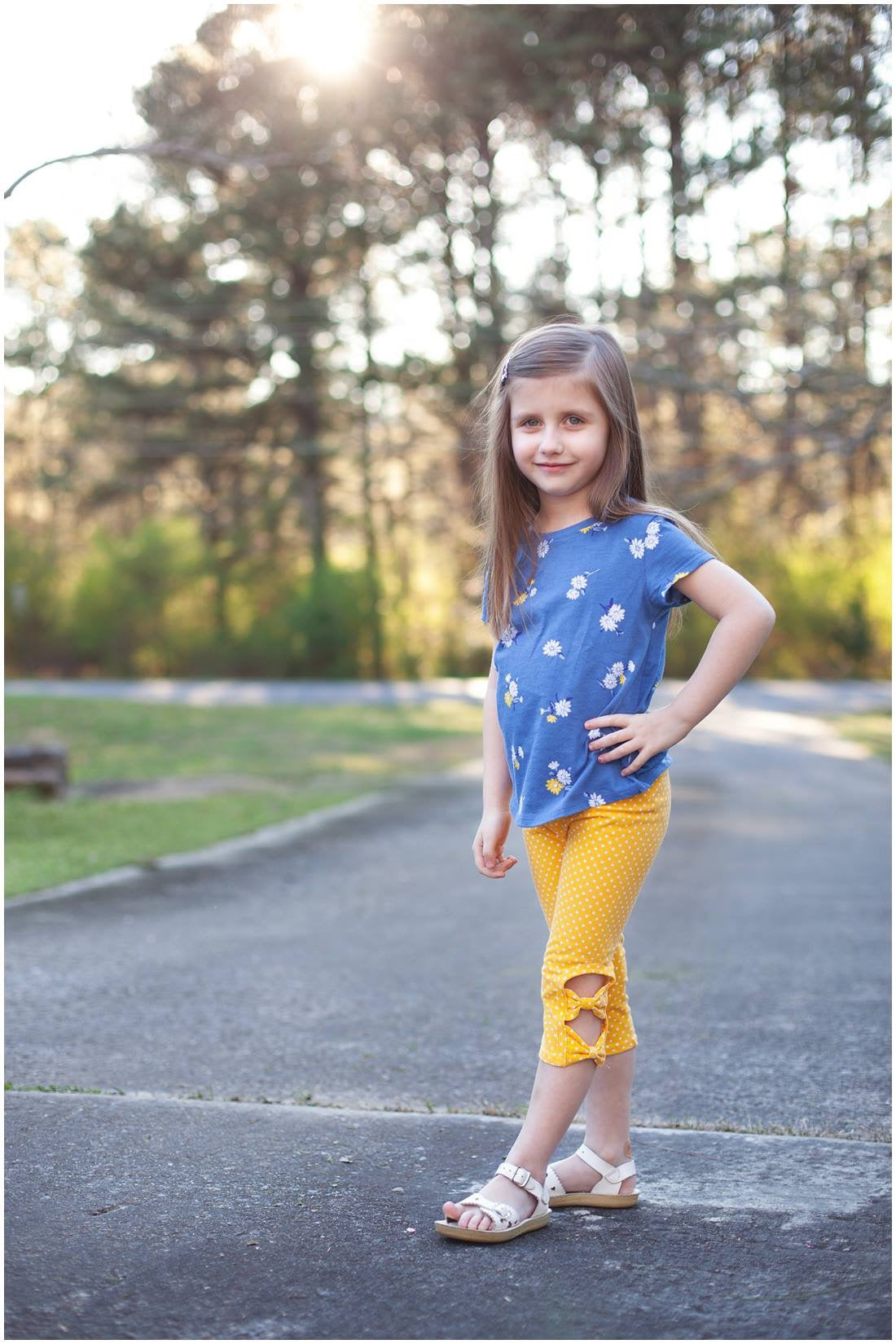 Sunshine Peek-A-Bow Capris