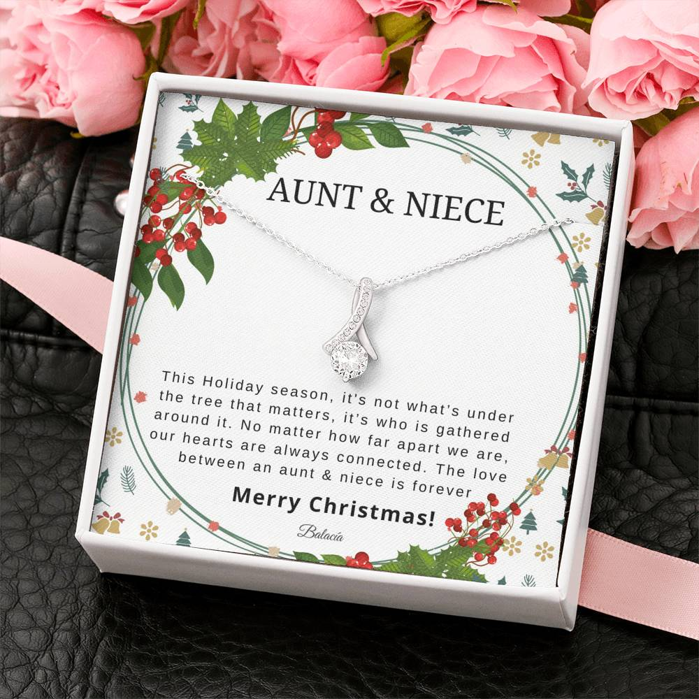 Aunt & Niece Necklace Holiday Gift Set