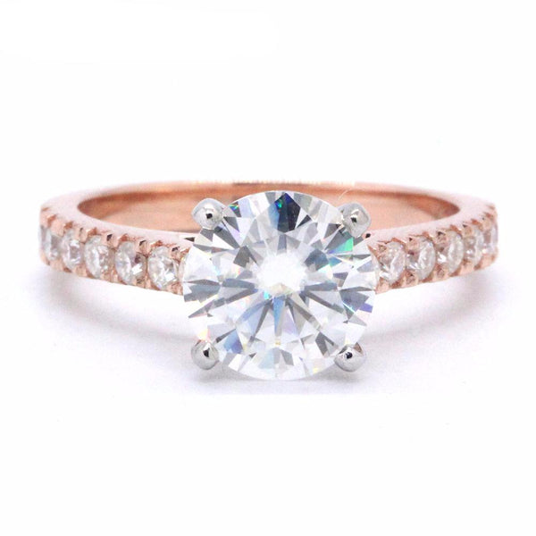 Balacia:1.5 Carat Moissanite Engagement Ring