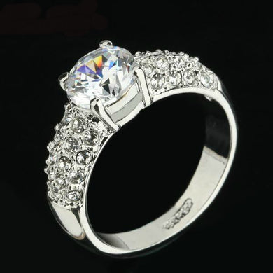 Beautiful and popular Cubic Zirconium Wedding Rings Silver/Rose Gold Color CZ Stone Crystal Vintage Engagement Ring Jewelry For Women. Christmas Sale Was $69.95 Now Only 35.95!