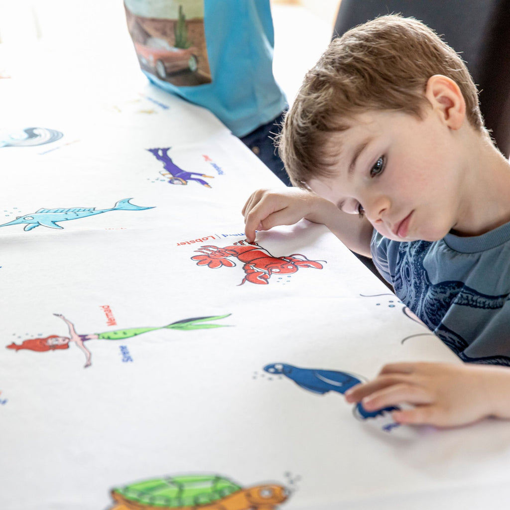 Tablecloth - Made for children - Perfect as a gift - Educational Toys