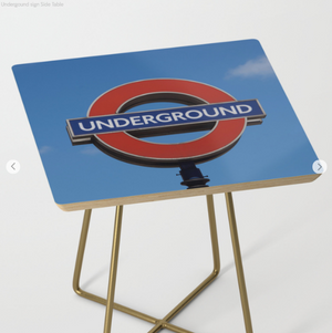 Table d'appoint - Underground in London
