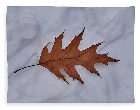Image of Leaf On The Snow - Blanket - 60 X 80 / Plush Fleece - Blanket