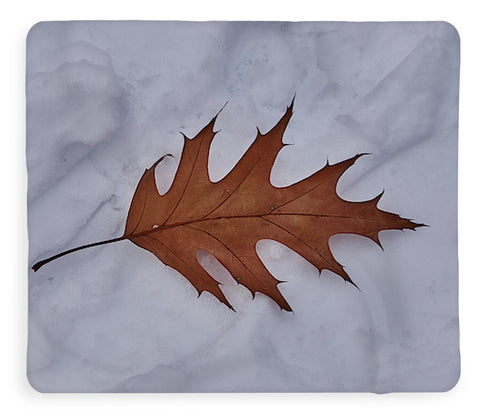 Image of Leaf On The Snow - Blanket - 50 X 60 / Sherpa Fleece - Blanket