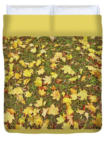 Image of Maple Leafs On The Ground - Duvet Cover - Queen - Duvet Cover