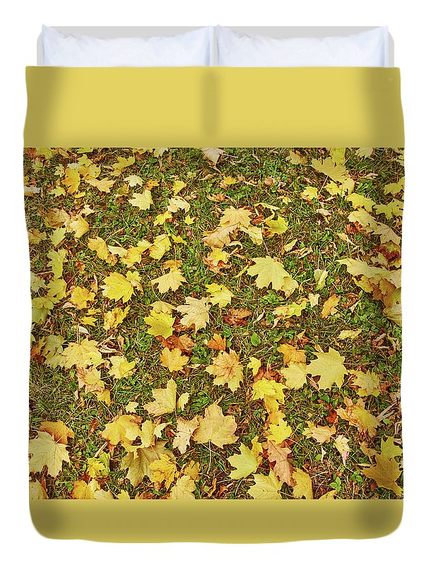 Maple Leafs On The Ground - Duvet Cover - Full - Duvet Cover