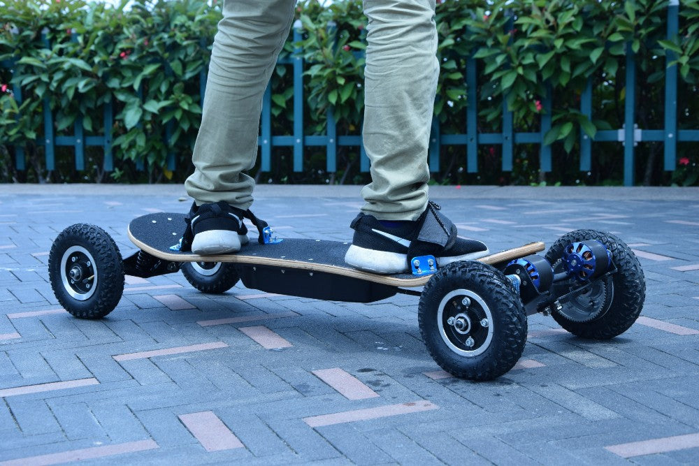 Four Wheels Electric Skateboard And Longboard - Scooter