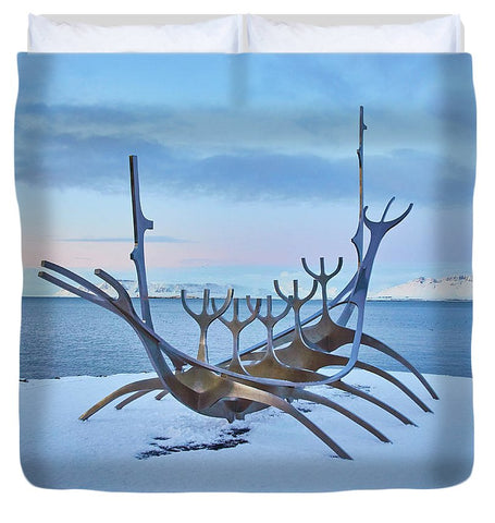 Image of Solar Voyager In Iceland - Duvet Cover - King - Duvet Cover