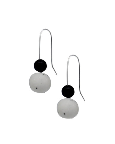 Pearl Drop Earrings - Black