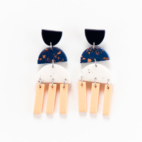 Fleck Earrings 3.0 - Coral