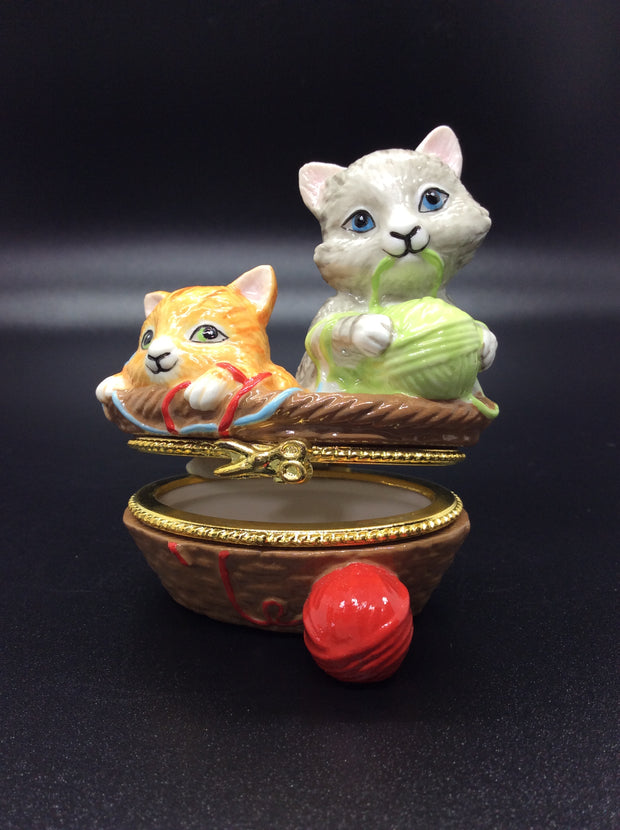Porcelain Hinged Kitten Keepsake Box - HartFelt Keepsakes