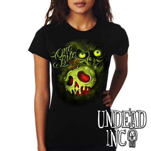 Villains One Bite Poison Apple  - Ladies T Shirt