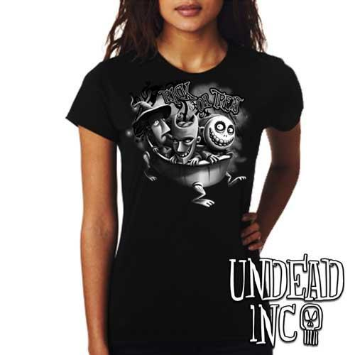Nightmare Before Christmas Trick or Treat - Ladies T Shirt BLACK GREY
