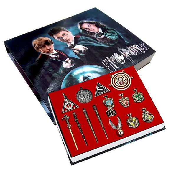 Harry Potter Necklace & Key Chain Box Set