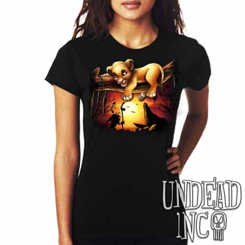 Lion King Simba Sunset Pride Rock - Ladies T Shirt