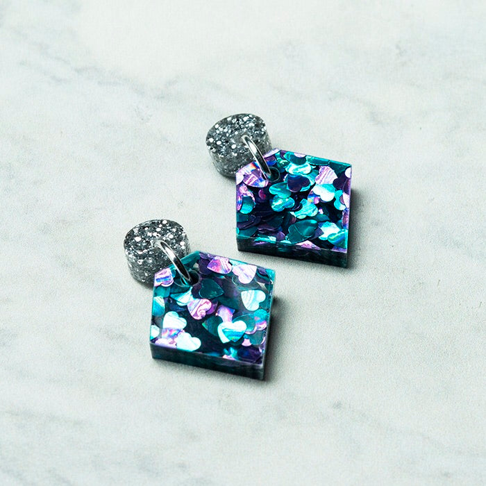 Geo Diamond I Silver Glitter & Turquoise  Purple Hearts