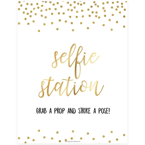 Selfie Station Sign - Gold Foil