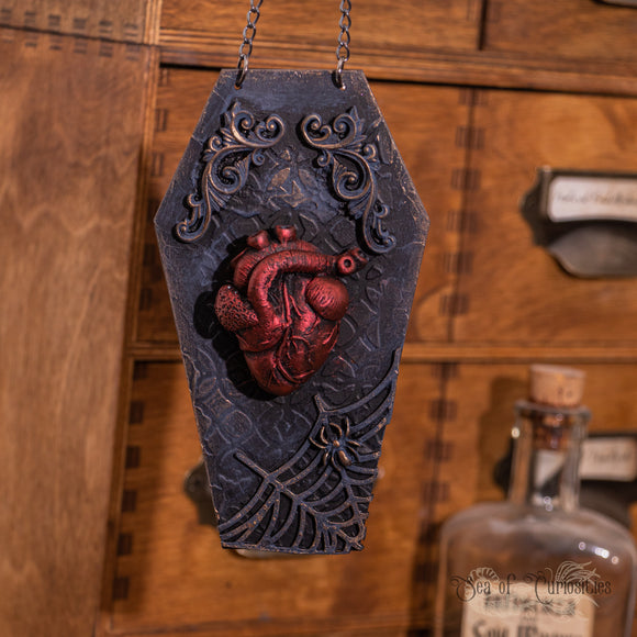 Creepy Heart - Medium Coffin hanger