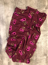 BerkSherp Buff Cranberry Floral Dots