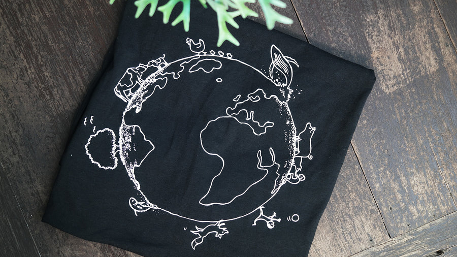 Vegan for the planet T-shirt buy black